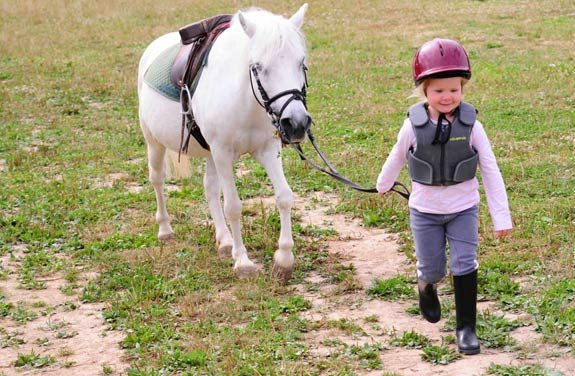 colonie equitation yonne | Destinations Cheval