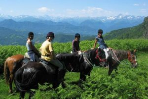 Rando cheval ado dans les Pyrénées, 14-17 ans