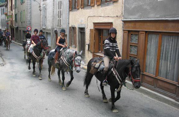 rando cheval pyrenees ado | Destinations Cheval