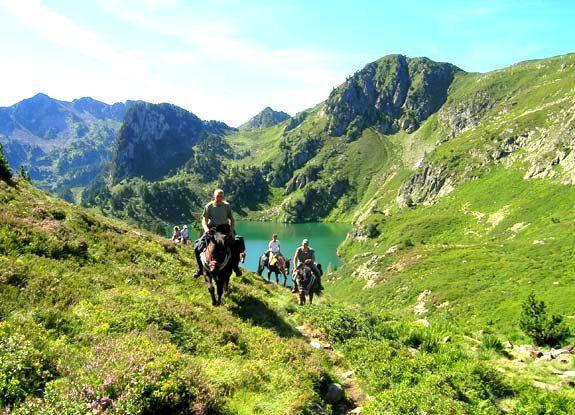 rando midi pyrenees | destinations cheval