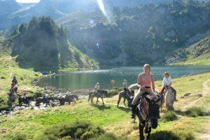 Randonnée à cheval, les Pyrénées et les lacs d'altitude