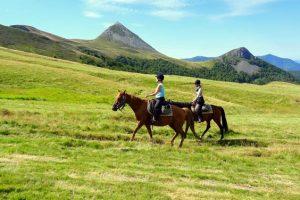 Randonnée liberté à cheval en Auvergne