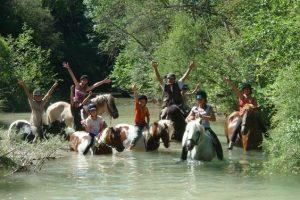 Stage equitation en Provence dans le Var 6-17 ans