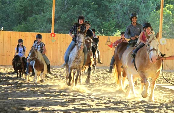 stage d'équitation enfant ado